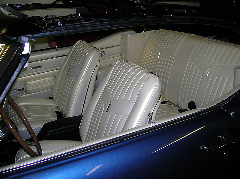 004parchment interior muscle car and classic auto restoration photos copyright 2015 2008. Black Bedroom Furniture Sets. Home Design Ideas