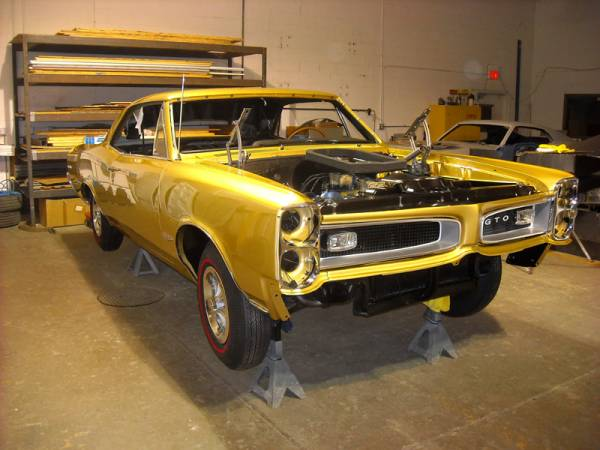 66_GTO_right_front_shot