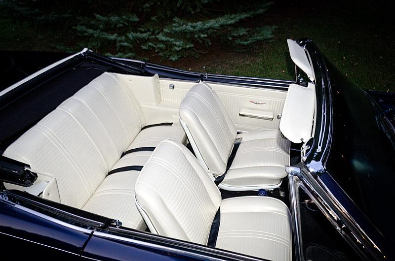 1966_gto_interior2.jpg